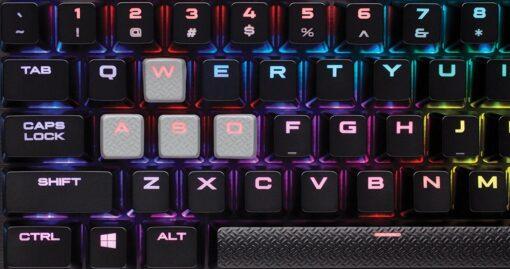 Corsair K95 Platinum Gunmental 7