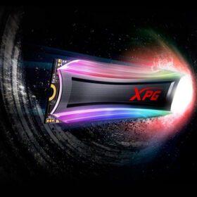 ADATA XPG SPECTRIX S40 RGB SSD 3