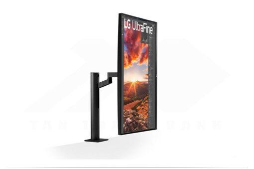 LG UltraFine 32UN880 B Monitor 4