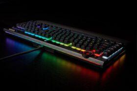 CORSAIR K100 RGB Gaming Keyboard 17