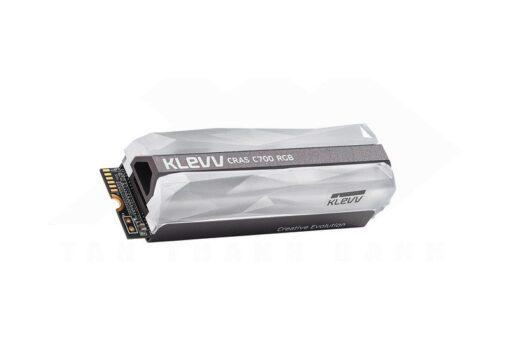 KLEVV CRAS C700 RGB SSD 2