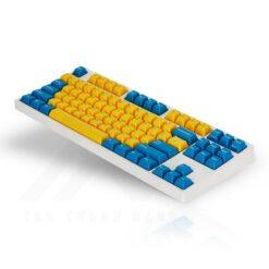 Leopold FC750R PD Swedish White Keyboard 2